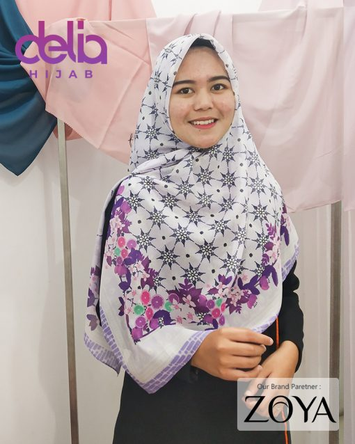 Delia Hijab - Kerudung Motif Zoya - 2