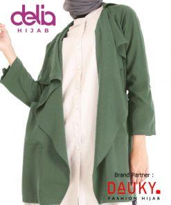 Style OOTD Hijab Lebaran 2020 - Dria Outer - Dauky Hijab Green
