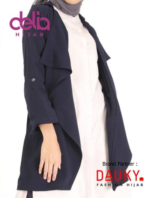 Style OOTD Hijab Lebaran 2020 - Dria Outer - Dauky Hijab Black
