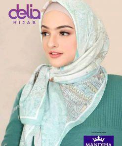 Kerudung Mandjha - Everything I Do Green Scarf - Hijab Mandjha 1