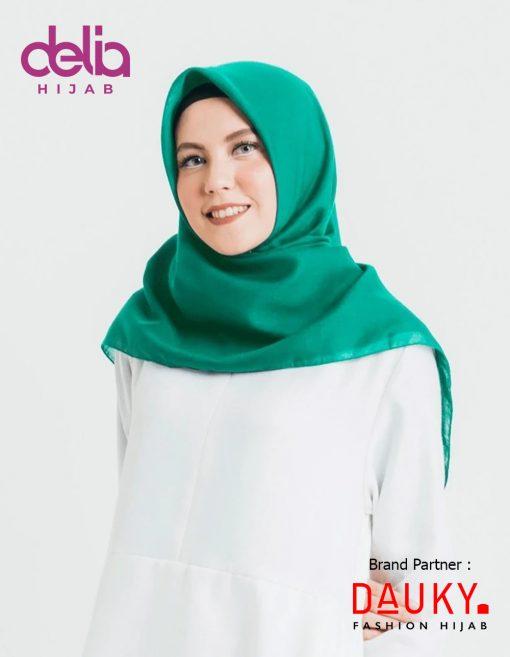 Kerudung Segi Empat Polos - Atarin Scarf - Dauky Hijab